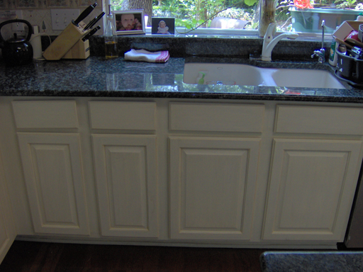 Incredible Painting and Antiquing Kitchen Cabinets 512 x 384 · 187 kB · jpeg